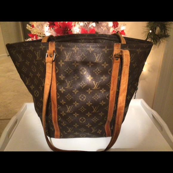 Louis Vuitton monogram large tote